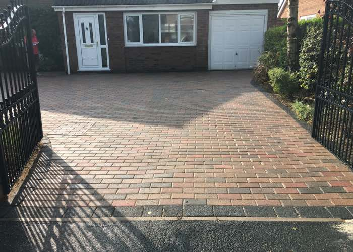 How to clean your own driveway – Domestic Karcher vs Commercial Pressure Washer